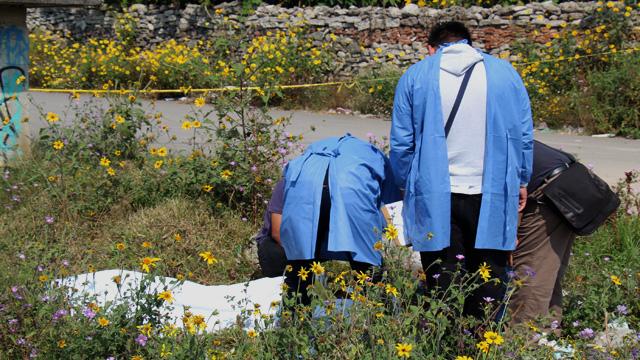 Tecamachalco, Policía Municipal, cadáver, embolsado, barrio, La Villita, FGE, Policía Ministerial, diligencias, peritos