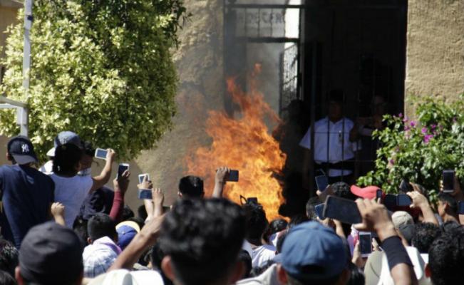 Linchamientos, detenidos, Puebla, Chiautzingo, San Martín Texmelucan, Tehuacán, Nicolás Bravo, Tepeaca y la ciudad de Puebla, justicia, robo, vehículo, Hospital, lesiones, rescate, muerte, taxistas, golpes, quemado, ladrones, apuñalar, motocicleta, fuego, población