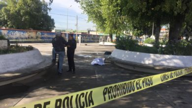 Iglesia, Santa Anita, occiso, golpe en la cabeza, Paramédicos del SUMA, rescatistas, Policía Municipal de Puebla, Fiscalía General, cadáver