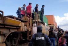 Robo a tren, frustrado, golpiza, elemento, Policía Auxilia, San Antonio Soledad, Cañada Morelos, Cessa Esperanza, traslado, familias, Soltepec, Ferrosur, cemento