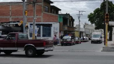 Asesinados, taller de hojalatería y pintura, Tecamachalco, paramédicos, disparos, Servicio Médico Forense, La Fiscalía General del Estado