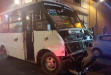 Ruta Azteca, Ruta 27, choque, Protección Civil, paramédicos, SUMA, lesiones leves, pasajeros, lesionados, Tránsito Municipal, fuga, semáforo