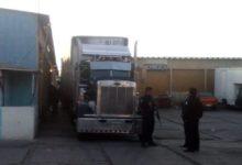 SSPTM, tráiler, abarrotes, mercado Hidalgo, bodegas, organización Doroteo Arango, tractocamión, Fiscalía General del Estado