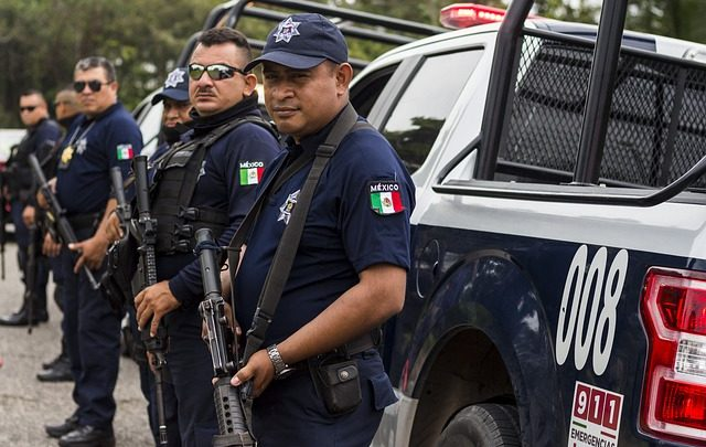 uniformados municipales, Huixcolotla, Policía Federal, robo de vehículo, Juez de control, artículos de limpieza, Cereso de San Miguel, Puebla-Tehuacán, ministerio público