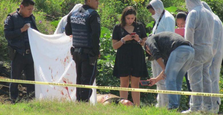 Balcones del Sur, homicidio, semi envuelto, plástico, narcomenudista, narcomenudeo, droga, FGE, peritos, necrospsia, ejecutado