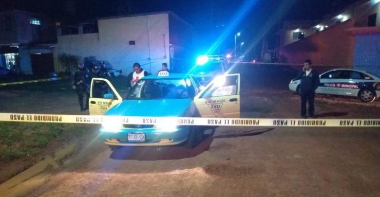 A balazos, matan a chofer de taxi en Chignahuapan