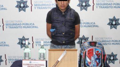 Cuchillo, colonia SNTE, Raymundo, asalto, robo a negocio, Oxxo, SSPTM, Policía Municipal, Ministerio público, licor, cigarrillos, detención, persecución