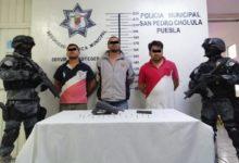 FGR, Policía Municipal, ebrios, bebidas alcohólicas, camioneta, sin placa delantera, tres, sujetos, caso omiso, detención, arma de fuego, cartuchos útiles