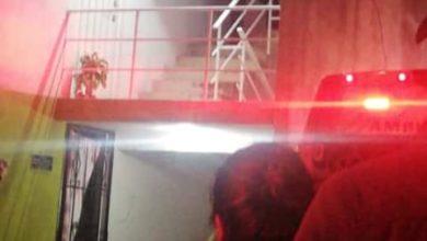 agente, ministerial, arma de fuego, disparo, primero auxilios, SUMA, Avenida 15 de Mayo, paramédicos, Leonardo Sánches Morales, muerto, riña, familiar, colonia Francisco I. Madero, departamento, Código Rojo, Nota Roja, Puebla, noticias
