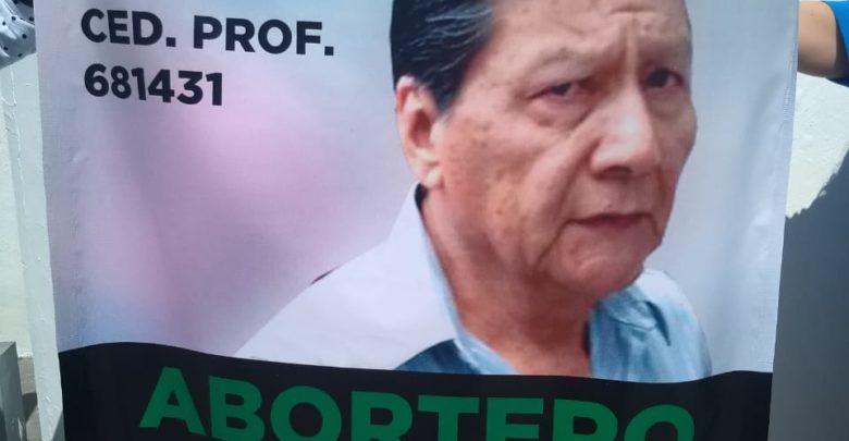 Asociación Nacer es mi Derecho A.C, FGE, aborto, embarazo, enfermeras, clínicas, Puebla, médico, protesta