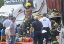 mujeres muertas, lesionados, choque, camioneta, tráiler, San Francisco Totimehuacan, paramédicos de SUMA, Protección Civil Municipal, Bomberos, Vialidad Estatal, sepelio,