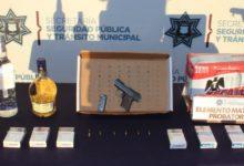 asalto, robo a negocio, Oxxo, Ex Hacienda Mayorazgo SSC, detención, dos sujetos, motocicleta, licores, cigarros, cerveza, Código Rojo, Nota Roja, Puebla, Noticias