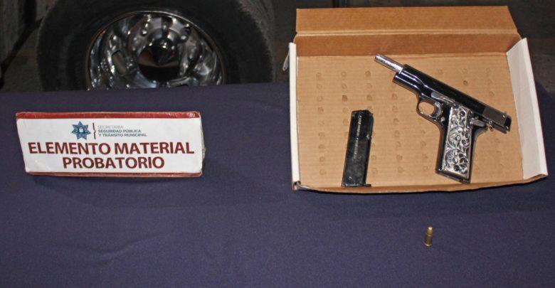 Portación ilegal del arma de fuego, colonia San Pedro, detenidos, SSC, Municipal, Ministerio Público, Puesta a disposición, Código Rojo, Nota Roja, Puebla, Noticias