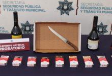 Barrio de Santiago, Oxxo, detenidos, robo, licor, cigarros, punzocortante, Ministerio Público, SSC Municipal,