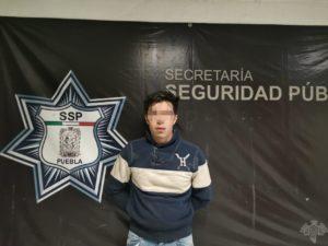 narcomenudistas, Puebla, San Andrés Cholula, cinta adhesiva, paquetes, Ministerio Público, Sam's La Noria, mochila negra, marihuana, delitos contra la salud