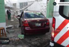 crisis hipertensiva, percance vial, automóvil, paramédicos, Cruz Roja, Tránsito Municipal