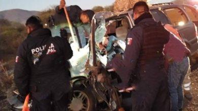 Tlacotepec de Benito Juárez, mujer muerta, camioneta Chevrolet, áminas, muerta, hospital, carpeta asfáltica