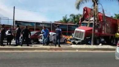 accidente, avería mecánica, sin frenos, tracto camión, verdura, 11, lesionados, traslado, hospital, Código Rojo, Nota Roja, Puebla, Noticias