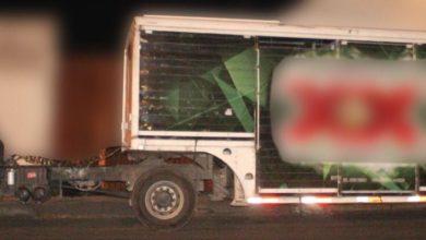 detenidos, robo de vehículo con mercancía, cerveza, mujer, sujetos, Código Rojo, Nota Roja, Puebla, Noticias