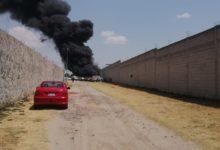 Santa María Xonacatepec, incendio, vehículos, fuego, corralón, de Bomberos de Puebla, San Miguel Espejo