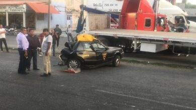 tracto camión, muertos, autopista México- Puebla, tráiler, chatarra, paramédicos del SUMA, Secretaría de Protección Civil, FGE