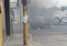 vehículo, incendio, Tecamachalco, escape, chofer, corto circuito, Código Rojo, Nota Roja, Puebla, Noticias