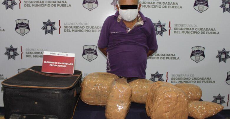 kilogramos, seis, marihuana, CAPU, detenido, ejemplar canino, maleta, Ministerio Público, SSC, Código Rojo, Nota Roja, Puebla, Noticias