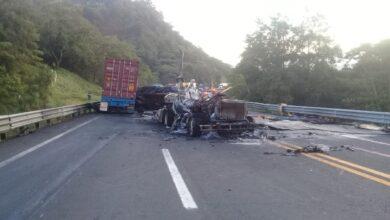 tractocamiones, choque, gas LP, invasión de carril, Huauchinango, Código Rojo, Puebla, Noticias