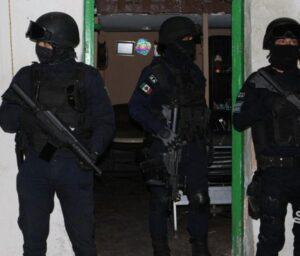 La otra Maldita Vecindad, olor, gas, drogas, reporte, detenidos, Policía Estatal, Bomberos, Código Rojo, Nota Roja