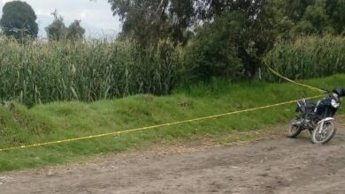 Lona naranja, cadáver, putrefacción, Santa María Moyotzingo, occiso, pies, barranca, bandas criminales