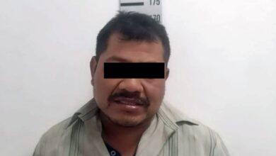 Oxxo de los Cochinitos, policía municipal, Coronango, robo, Oxxo, gasolina, cajetillas de cigarros,cajas de celular