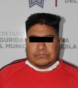 tiendas oxxo, asaltante, robo, vehículo, cocaína, posesión, bebidas embriagantes, vía pública, código rojo