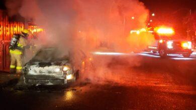incendio, llamas, vehículo, calcinado, san pablo xochimehuacan, junta auxiliar, bomberos, protección civil, código rojo