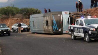 Volcadura, autobús, Coxcatlán, lesionados, falla mecánica, fractura de clavícula, de Protección Civil, SUMA, Cuerpo de Bomberos de Ajalpan