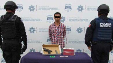 Lomas de Coyopotrero, detenido, robo, asalto, oxxo, arma de fuego, disparos, código rojo