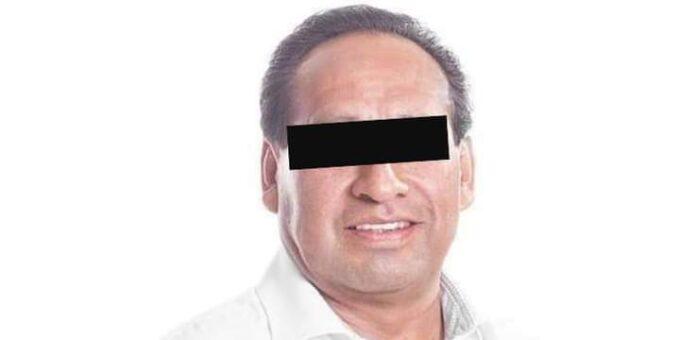 Tepatlaxco de Hidalgo, edil, detenido, Calixto González Moreno, fge, agentes investigadores, abuso de autoridad, honey, edil, captura, código rojo